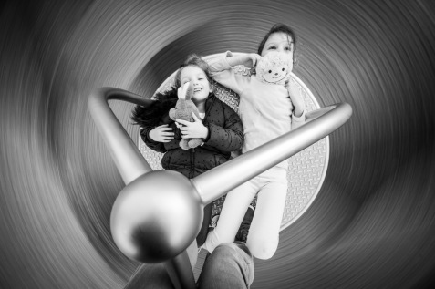 Experimenting with the Fujifilm X-H1 and Laowa 9mm on the merry go round with my kids. Bit of a challenge keeping them still with slow shutter speeds. Got to say, it made me feel nauseous enough that I felt like I'd just drank 10 tequilas.