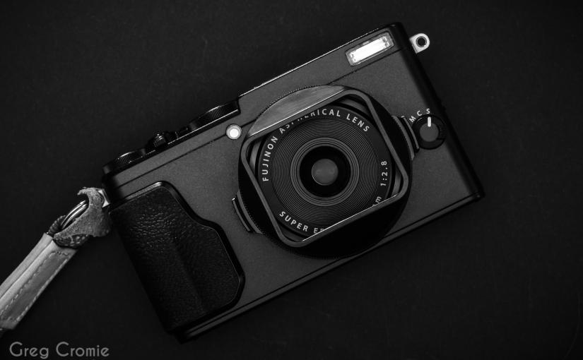 Square Hood Lens Hood for the Fujifilm X70 &X100F